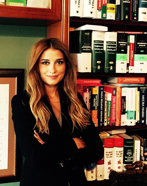 Av. Esra Haberdar